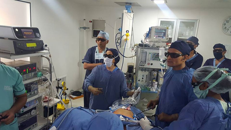 3d 3b - 3D HD Live Surgery Broadcast
