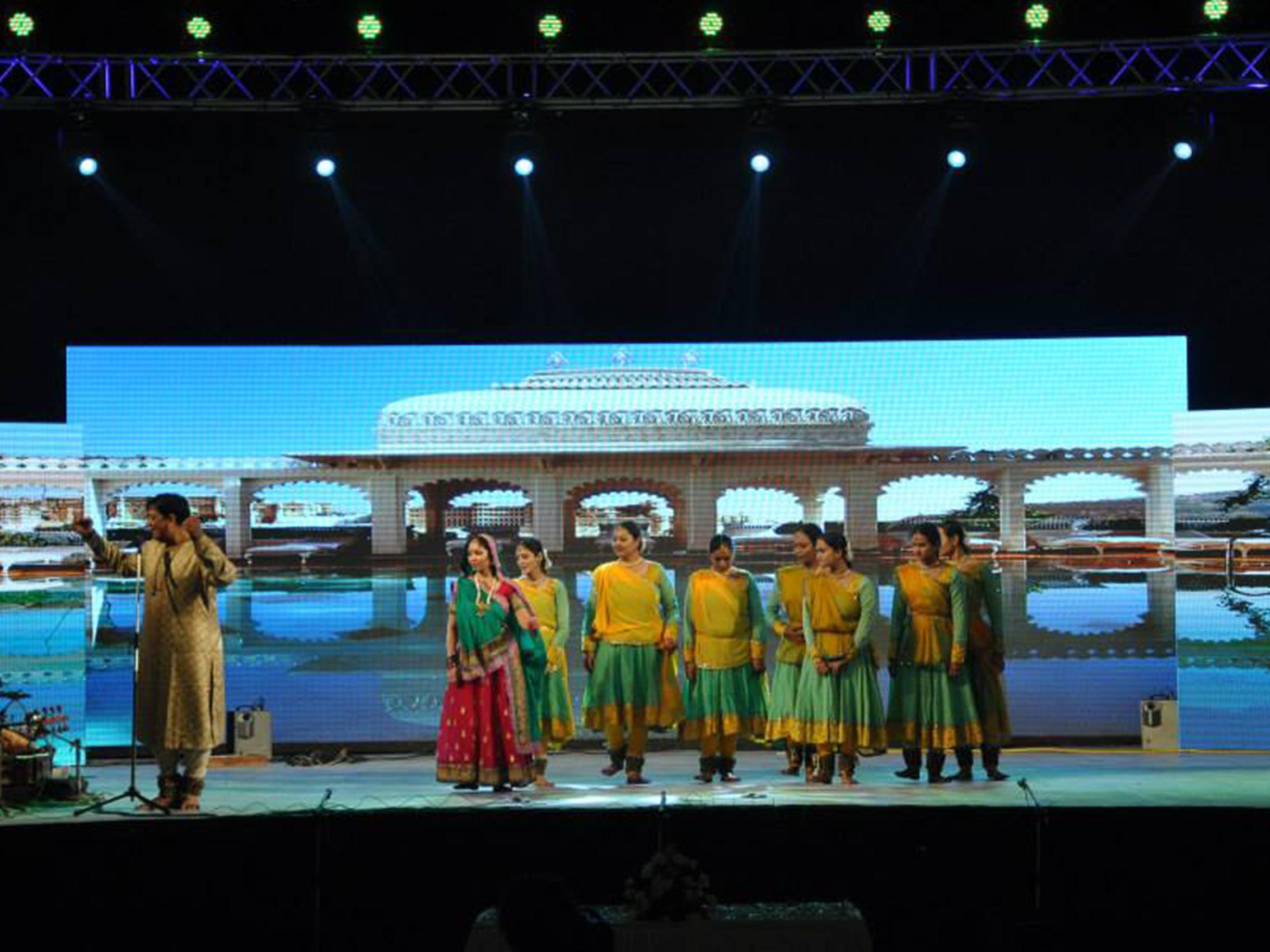 548ec LED 10 - Sangeet Sandhya