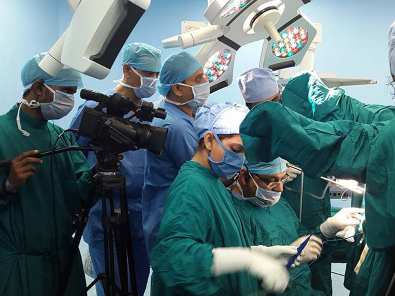 live surgery 1 1 - Live Surgery Broadcast