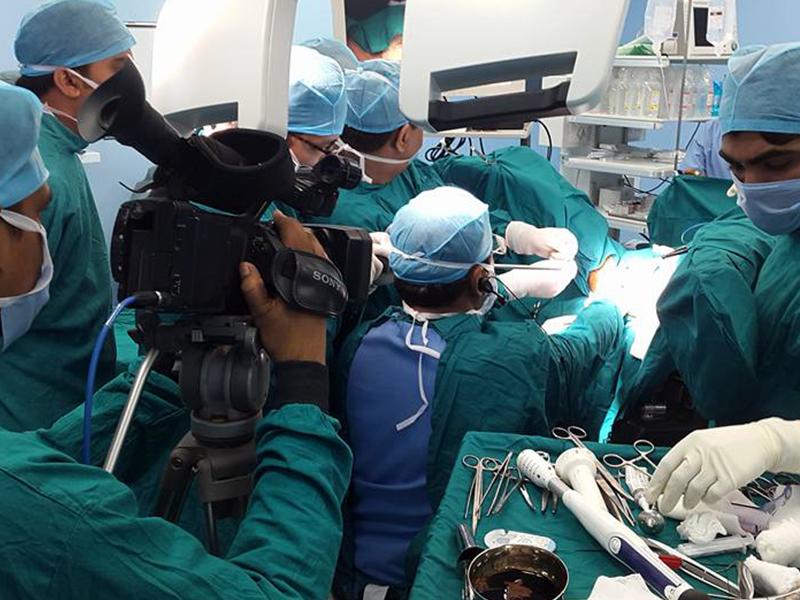 live surgery 4 - Live Surgery Broadcast